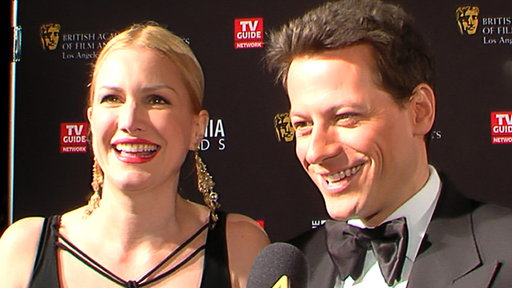 [Ioan Gruffudd Dishes On Filming His 'Ringer' Love Scene]