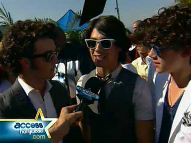 Teen Choice Awards Red Carpet Video