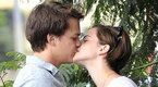 E! News Now – Emma Watson Kisses Costar Beau