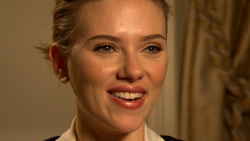 [Scarlett Johansson: This Past Year Has Been 'Beautiful' & 'Chall]