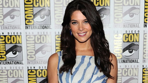 Comic-Con 2011: Ashley Greene Video