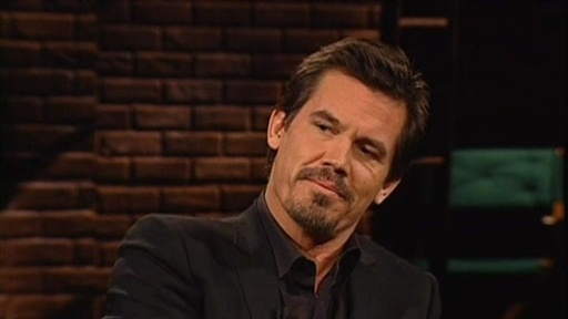 [Josh Brolin: Driving His Wife]