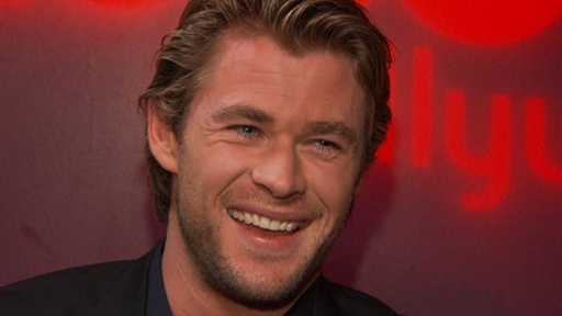 chris hemsworth workout_10. Chris Hemsworth On Breaking