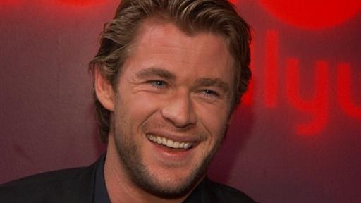 chris hemsworth workout_10. Chris Hemsworth On Breaking