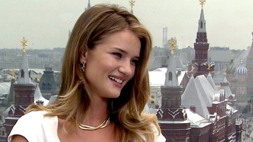Rosie Huntington-Whiteley Talks Replacing Megan Fox In &#39;Transfor Video