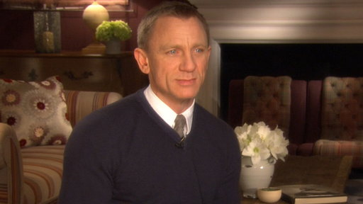 Daniel Craig: &#39;The Girl With the Dragon Tattoo&#39; Is &#39;Brilliant&#39; Video