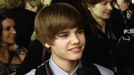 justin bieber grammys 2010. Grammys 2010: Justin Bieber