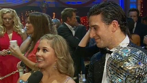 'Dancing' Season 8 Finale: Shawn Johnson Crowned Champ view on break.com tube online.