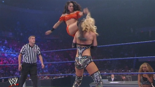 Gail Kim Vs. Michelle McCool Video