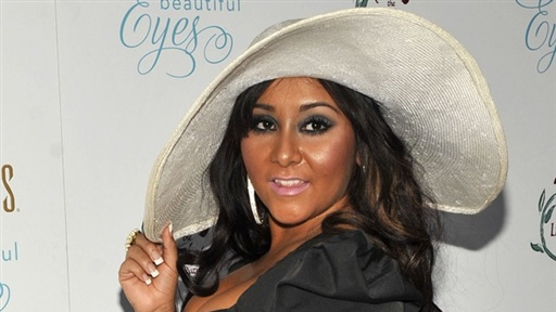 [Snooki Responds to Alcohol Poisoning Reports]
