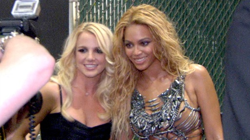 [Billboard Music Awards 2011 Backstage: Stars Rave Over Britney S]