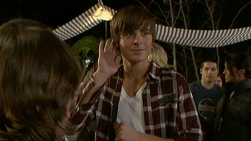 Behind The Scenes: Zac Efron Busts A Move For &#39;17 Again&#39; Video