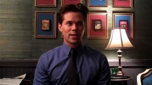 Twitter Questions: Andrew Rannells Video