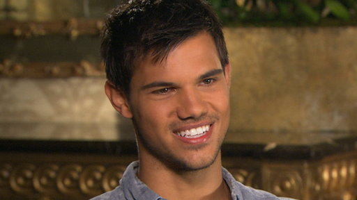 [Taylor Lautner Talks Seeing 'The Twilight Saga: Breaking Dawn -]