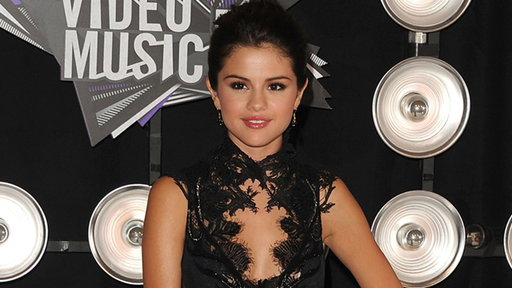 MTV Video Music Awards 2011: Selena Gomez All Grown up Video
