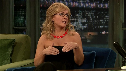 [Rachael Harris Break-Off]