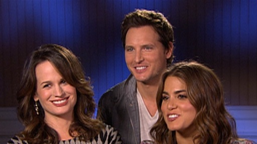 [Elizabeth Reaser, Peter Facinelli and Nikki Reed Take 'Eclipse']