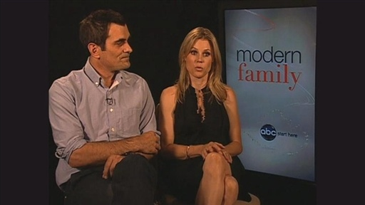 Hulu Exclusive: Modern Family Video
