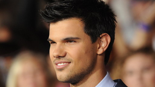 [Taylor Lautner: Will Fans Be Satisfied by 'Breaking Dawn'?]