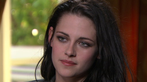 [Kristen Stewart: It Was 'Really Emotional' Filming 'Breaking Daw]