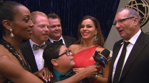 [2011 Emmy Awards Backstage: 'Modern Family' Are the Big Winners]