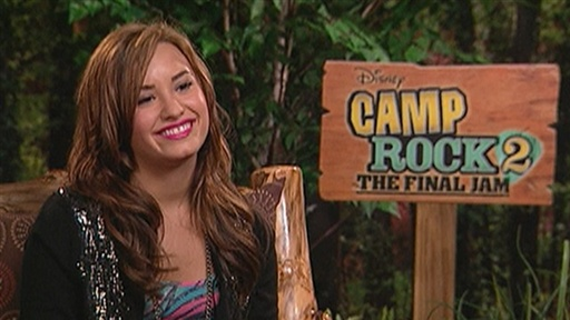 [Demi Lovato Talks Working With Ex-Boyfriend Joe Jonas] Video