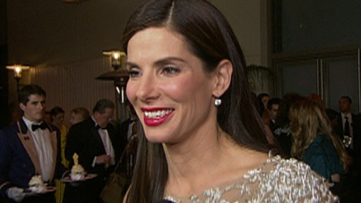 [2010 Oscars Governor's Ball: Sandra Bullock Is Overwhelmed & Ove]