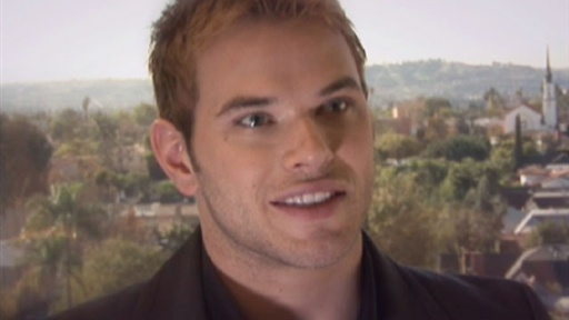 [Kellan Lutz Calls On 'Twilight' Fans to Adopt a Pet]
