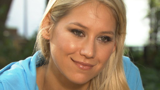 Anna Kournikova: 'I Can't Wait to Start Helping' On 'The Biggest Video