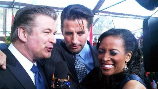 [2010 SAG Awards: Alec Baldwin Hazes Younger Brother Billy Over ']