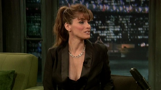 Amanda Peet: Sibling Stories Video