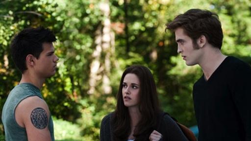 Film Fan Forum: Is 'Eclipse' the Best 'Twilight Saga' Film So Fa view on break.com tube online.