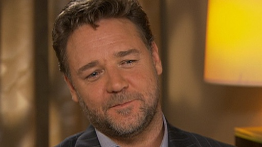 Russell Crowe: 'I Pushed Myself Really Hard' for 'Robin Hood' Video