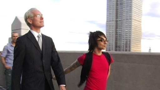 It&#39;s A Tim Gunn Walk Off! Video