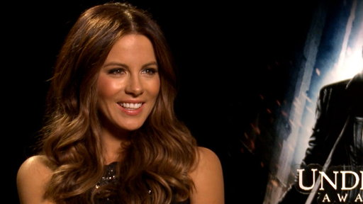 Kate Beckinsale Gets Back Into Action in &#39;Underworld: Awakening&#39; Video