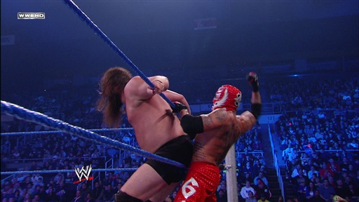 [Rey Mysterio Vs. Mike Knox]