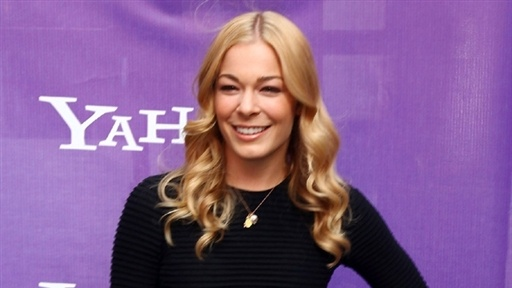 LeAnn Rimes: &#39;It&#39;s Frustrating&#39; the Tabloids Only Focus On the B Video