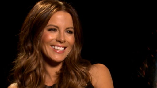 Kate Beckinsale Uncovers 'Contraband' Video