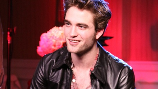 [Robert Pattinson On Tabloid Rumors]