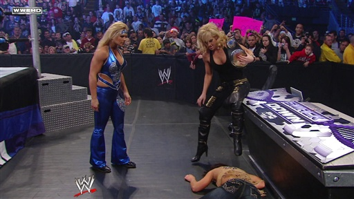 Mickie James and Maria Vs. Beth Phoenix and Layla Video