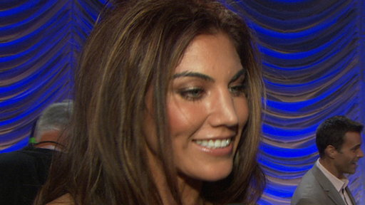 Hope Solo, Nancy Grace, Chynna Phillips & Elisabetta Canalis Tal Video