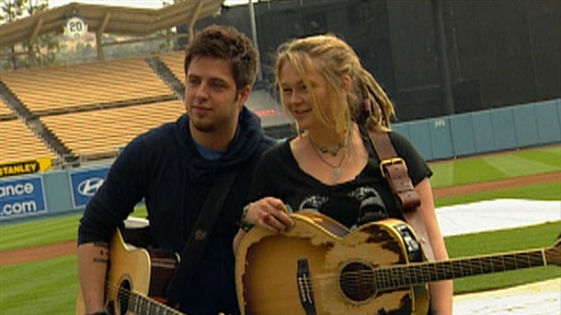 &#39;American Idol&#39; Finalists Play Ball at Dodger Stadium Video
