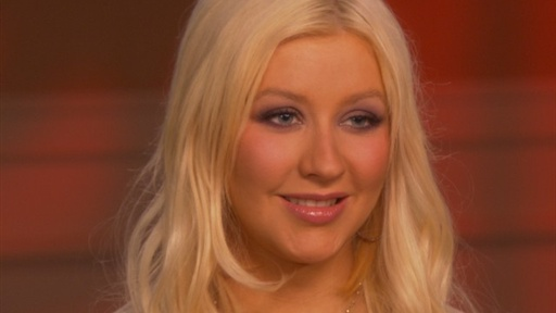 Christina Aguilera and Cher's Bath Water 'Burlesque' Bond? Video