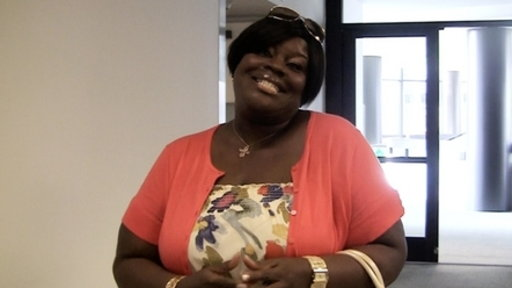 [Retta's Emmy Dress Fitting!]