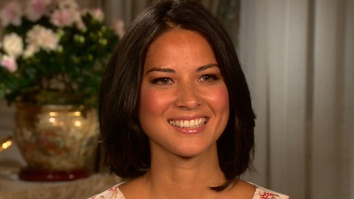 [How Does Olivia Munn Find Balance Between Work & Her Personal Li]