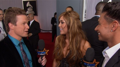 2011 Grammy Awards: Miley Cyrus, 'I Will Be Ridiculous' On 'Satu Video