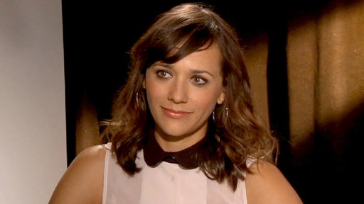 [Rashida Jones Talks Playing a Lesbian in 'Our Idiot Brother']