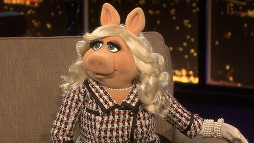 Miss Piggy Video