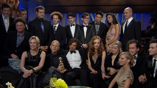 2011 Golden Globes: Laugh It up With the Cast of 'Glee' Video