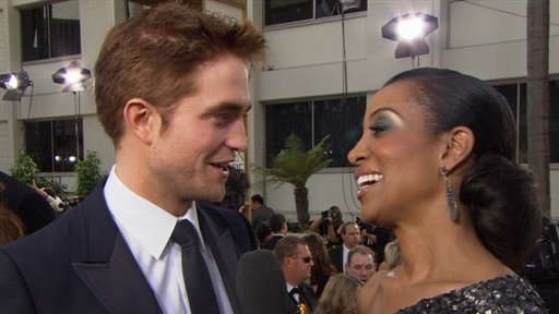 [2011 Golden Globes: Why Does Robert Pattinson Have Red Hair?]